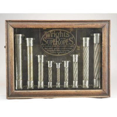 Vitrine Avec Câbles En Acier De Wright Company  à Birmingham