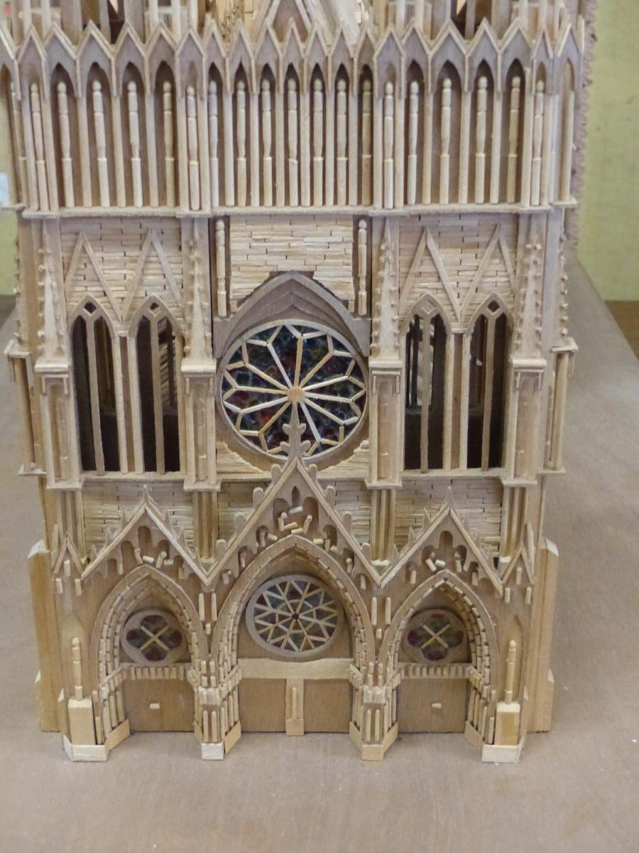 Head D Artwork Model Gothic Cathedral .compagnon-photo-2