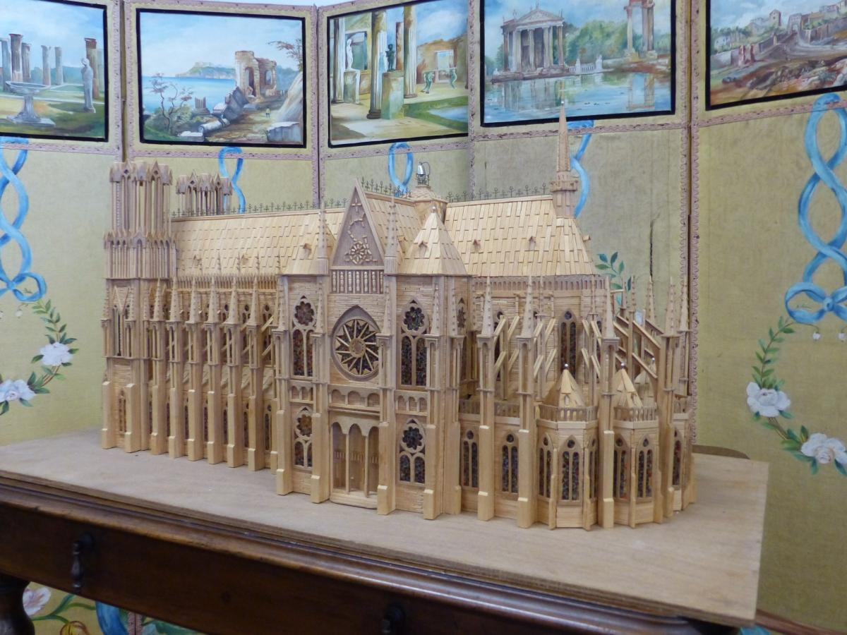 Head D Artwork Model Gothic Cathedral .compagnon-photo-3