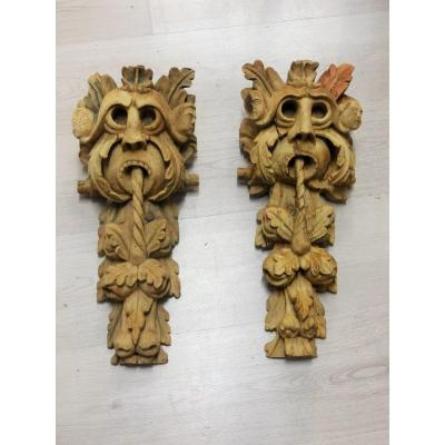 Rare Pair Of Gargoyle Baroque Period XVII Eme Carved Wood Sculpture High Time