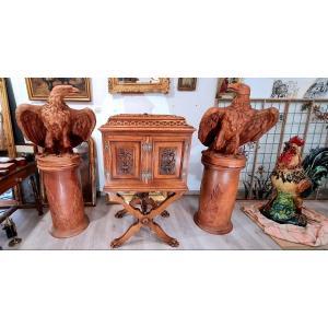 Rare Cabinet Coffre Médaillier monogrammé  sur pieds griffes  aux trefles a 4 feuilles  Epoque XIX éme Viollet Le Duc Napoléon 3