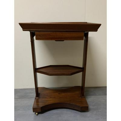 Small Mahogany Flying Table