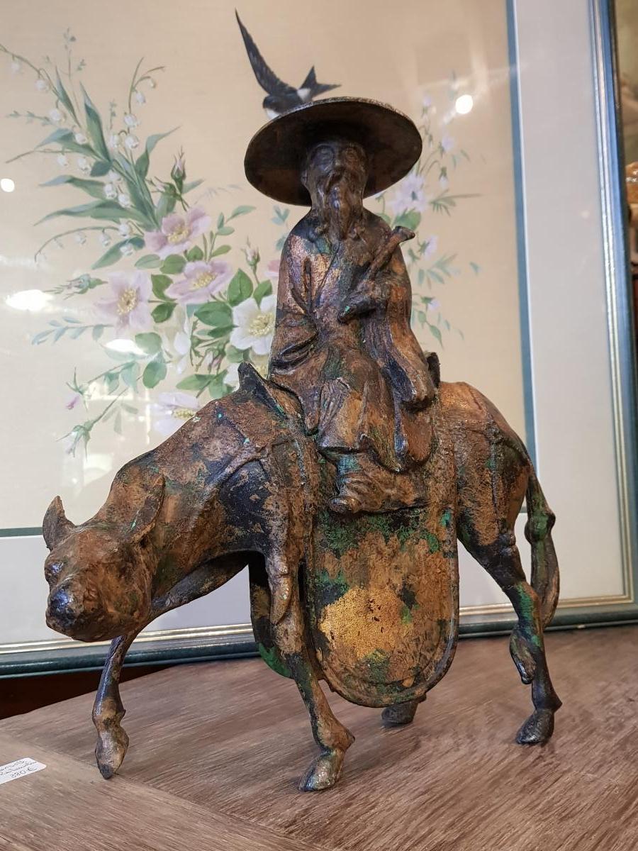Sculpture Japonaise Représentant Toba Sur Sa Mule Fonte Fer