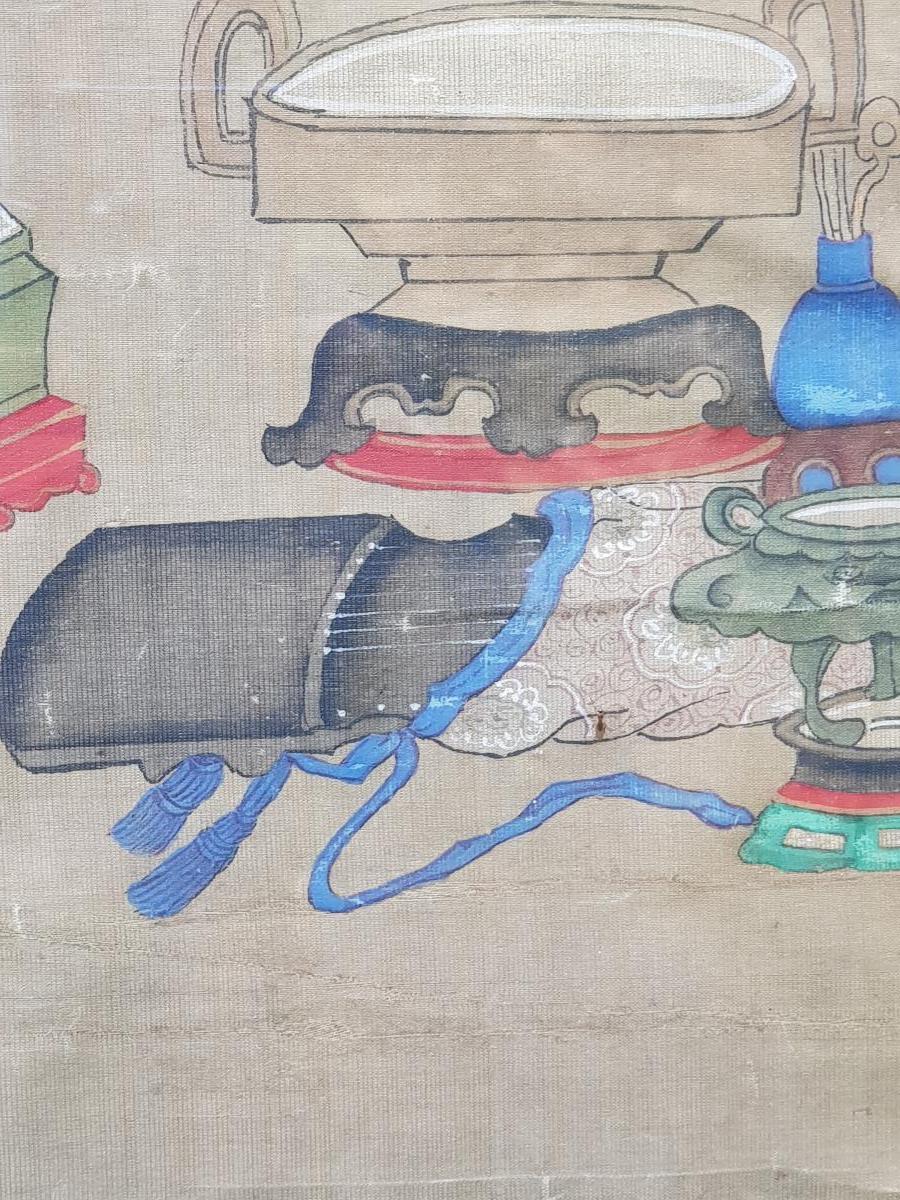 Peinture Chinoise ou Vietnamiène 18ème Aux Antiquités Et Objets De Lettré.-photo-1