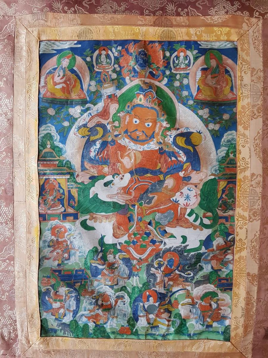 Grand Tangka/thangka Tibetain Représentant Vaishravana Monté Sur Soie Chine