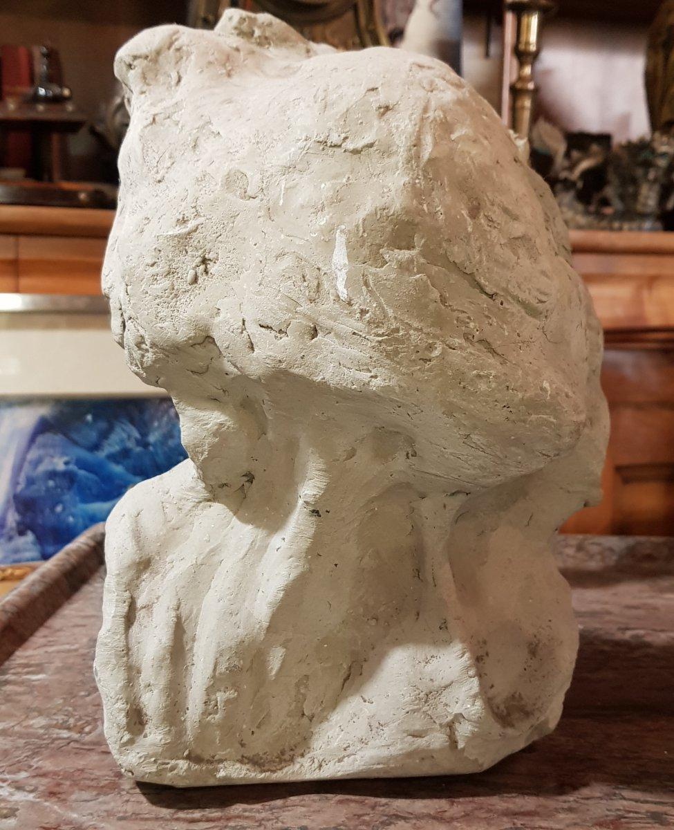 Sculpture En Terre Représentant La Mort Allegorie Ou Mémento Mori-photo-2