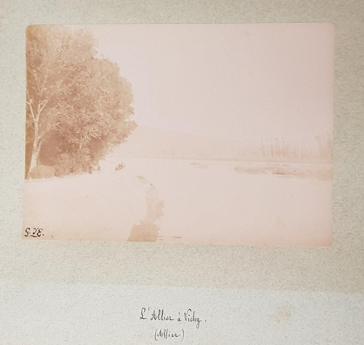"""Recueil de photographies """"par monts et par vaux"""" Lozère,Garabit,Allier et Langeais-photo-1"""