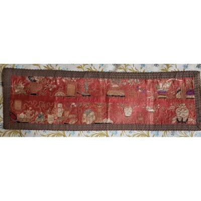Broderie Chine  En Soie Decors Aux Antiquités Manchettes Chonoises dynastie Qing