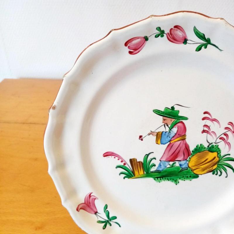 Earthenware Plate: Les Islettes XVIIIth Century.-photo-3