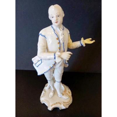 Figurine En Porcelaine: Allemagne XIXème Siècle.
