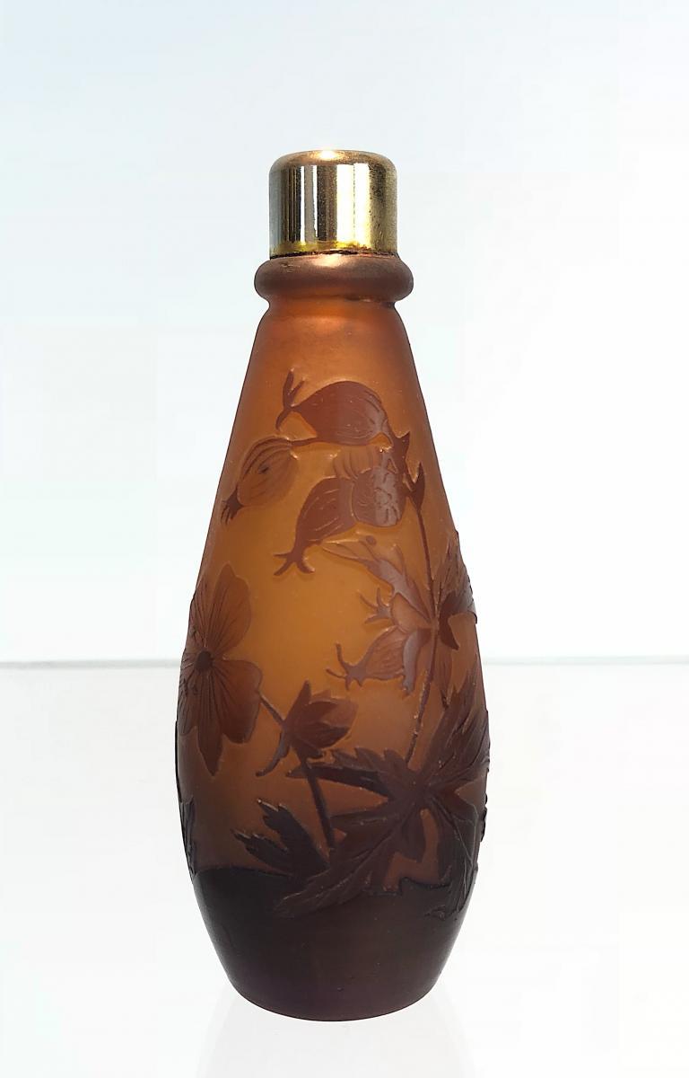 Émile Gallé : Vaporisateur à Parfum En Verre à Fond Brun à Décor De Feuillages