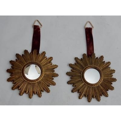 1970′ Paire De Miroirs Convexes Soleils En Résine Dorée Diamètre Total: 26 Cm