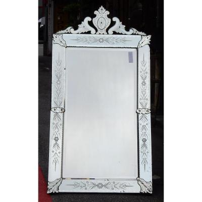1900 ′ Venetian Mirror  With Floral Decor And Pediment - 172 X 89 Cm