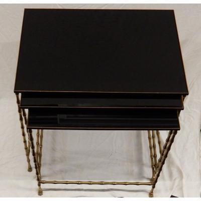 1970′ Tables Gigognes Style Maison Jansen, 3 Plateaux Opaline Et Empiètement Bambou Et Griffes