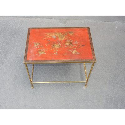 1950/70′ Table Basse Bronze Décor Bambou Plateau Laque De Chine Rouge Dlg Maison Baguès 50x35cm