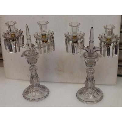 1880′ Paire De Chandeliers Baccarat Cristal Teinté Socles Bosses Rondes