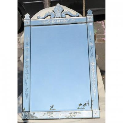 1900 ′ Venice Rectangle Mirror With Fronton And Cabochons And Pilasters