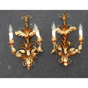 1970 ′ Pair Of Golden Iron Wall Lights Flowers And Foliage With 2 Bulbs