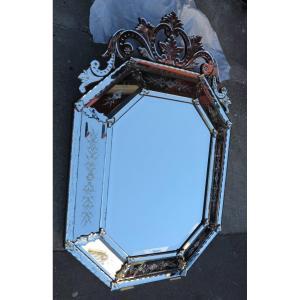 Miroir Venise Octogonal à Fronton Avec Fleurs Gravées 149x99 Cm