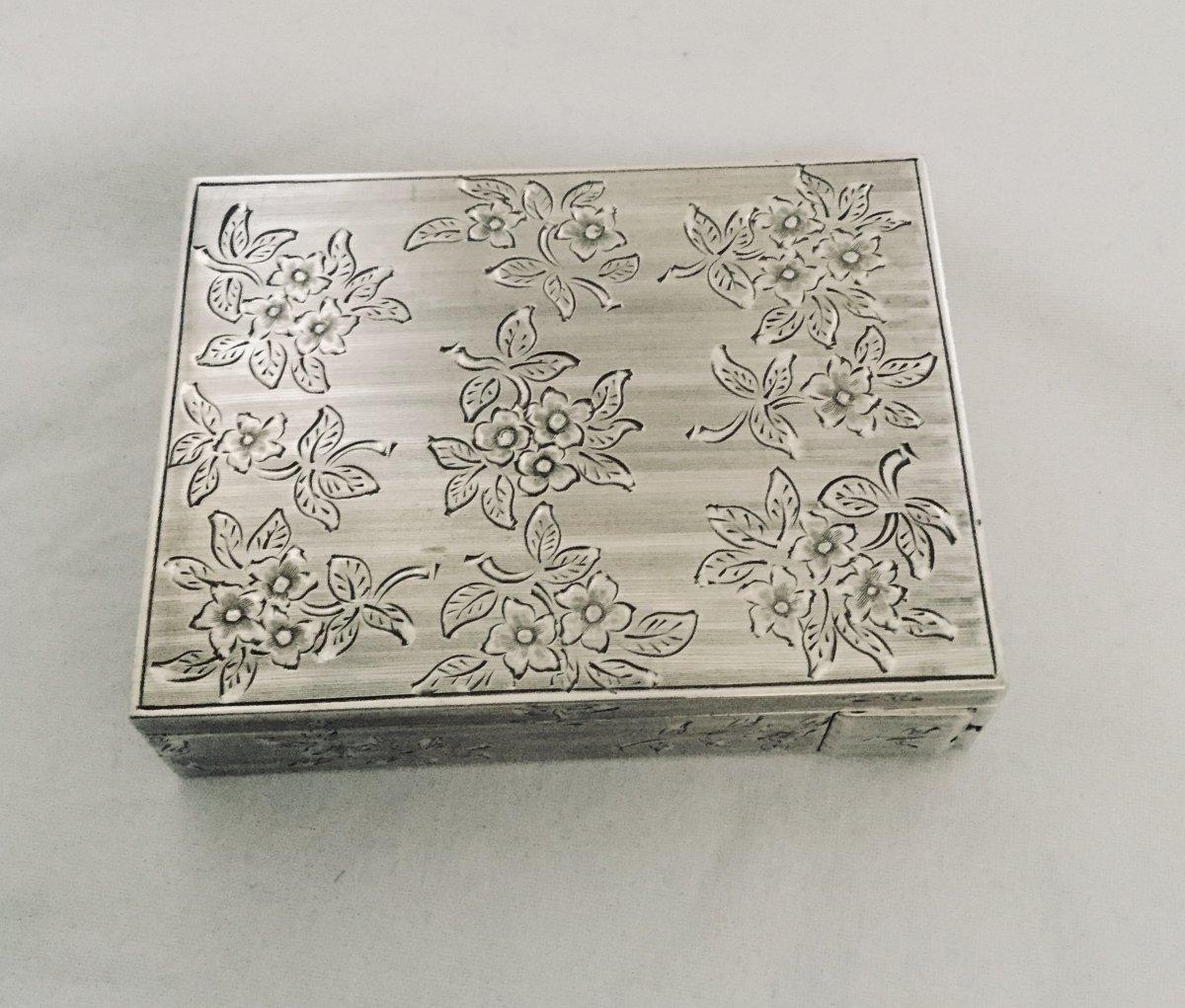 Silver Powder Box With Lipstick Case