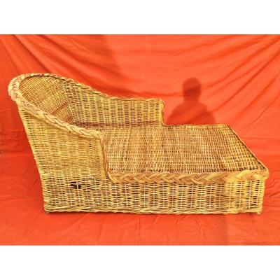 Wicker Daybed
