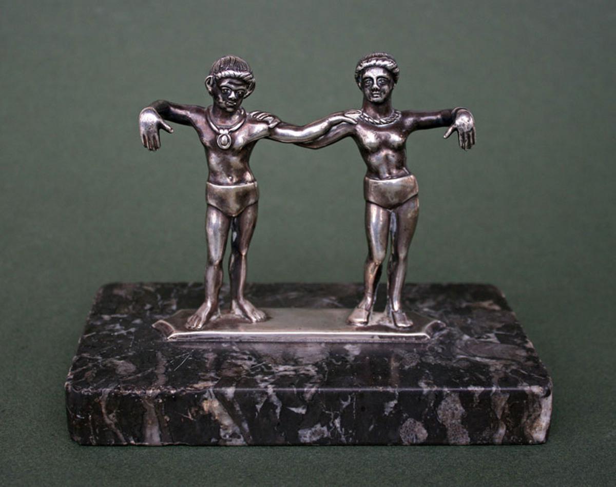An antique silver cista handle Etruscan style/objet argent massif style Etrusque