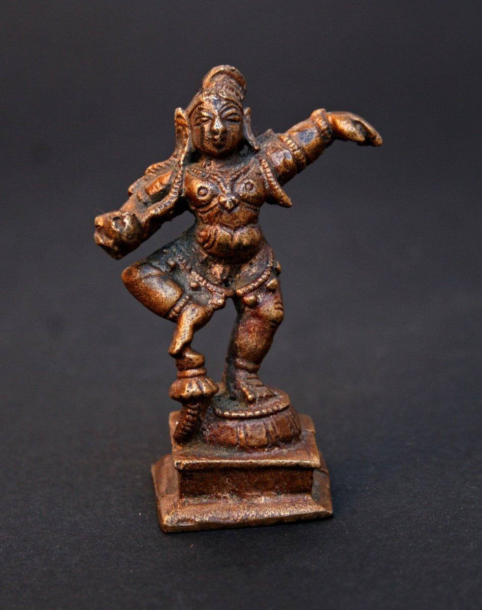 Petite Statuette Ancienne  En Bronze d'une Krishna Dansant