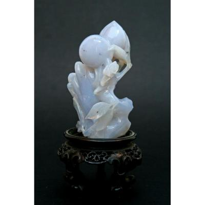 Antique Chinese Chalcedony Agate Carving