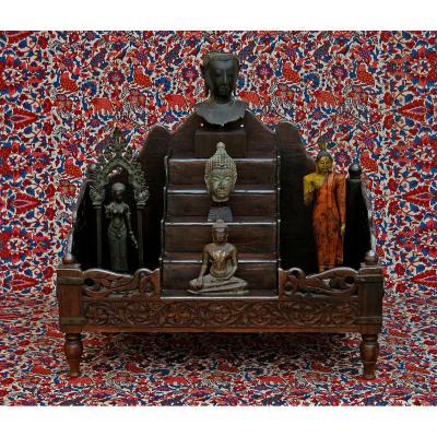 Ancienne Sanctuaire Indien En Bois Sculpté Avec Montures En Argent Massif Hindou Bouddha