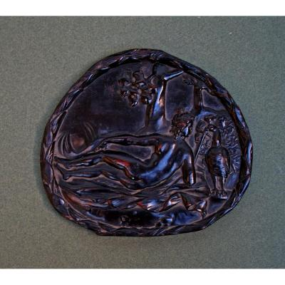 Ancien Plaque En Bois Sculpté  Allégorique  le péché d'orgueil 17ème Paon Augsbourg  Bronze