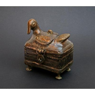 Ancienne Boîte à Bétel Indienne En Bronze En Forme d'Oiseau