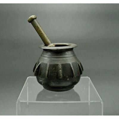 Mortier Ottoman Apothicaire En Bronze XVIIéme Avec Son Pilon