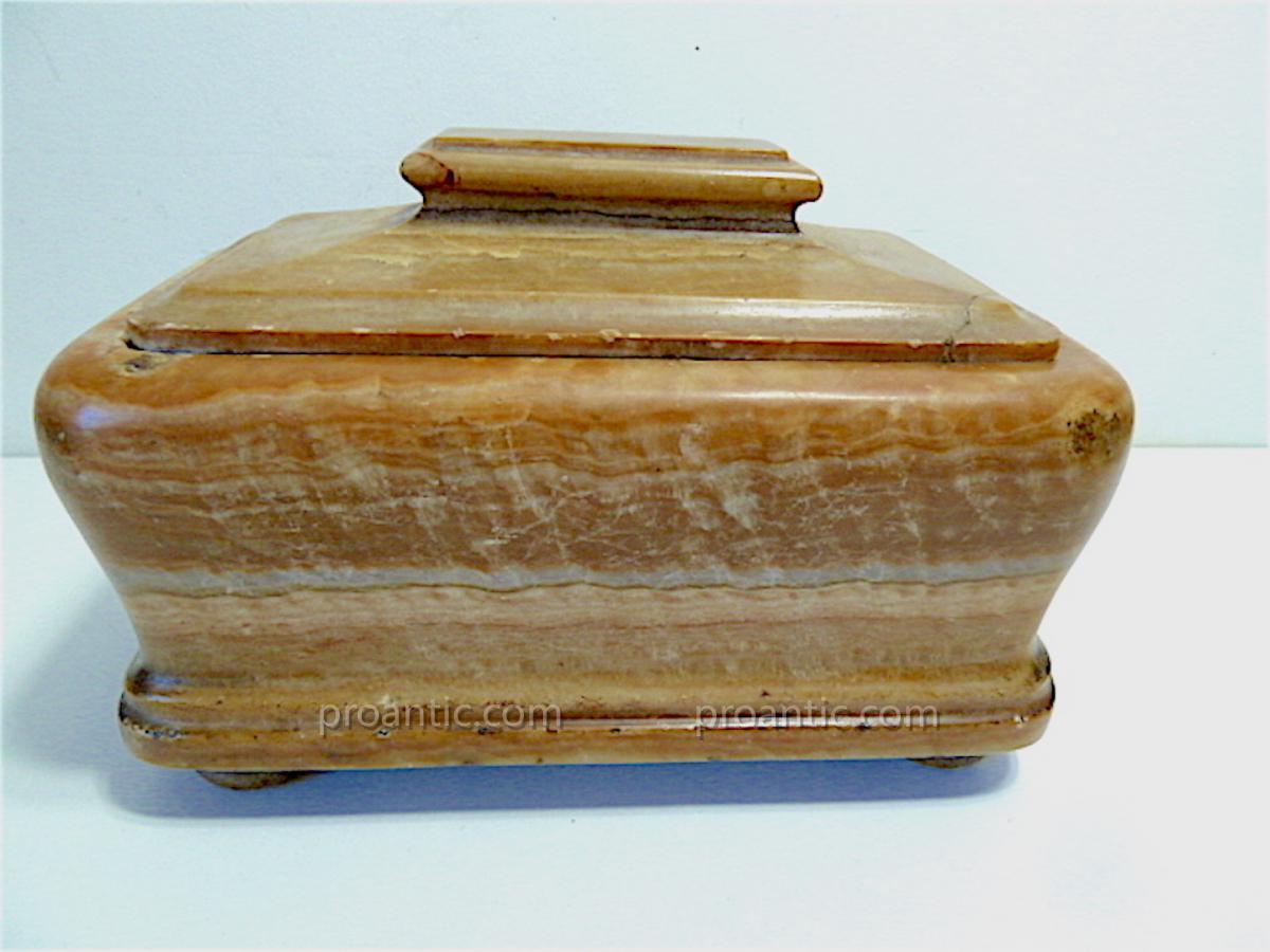 Boite à viscère coffret XVII ème Albâtre louis XIV pierre dure Medecine