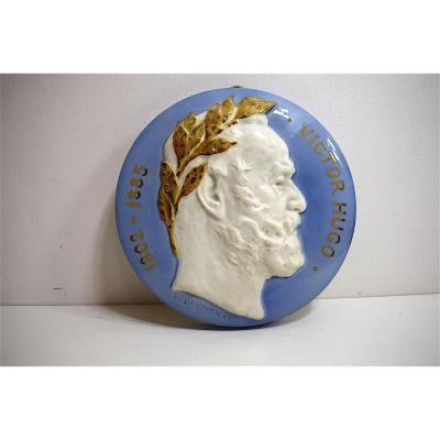 Médaillon Porcelaine Victor Hugo Signé E Lachenal XIX XX 19th 20th