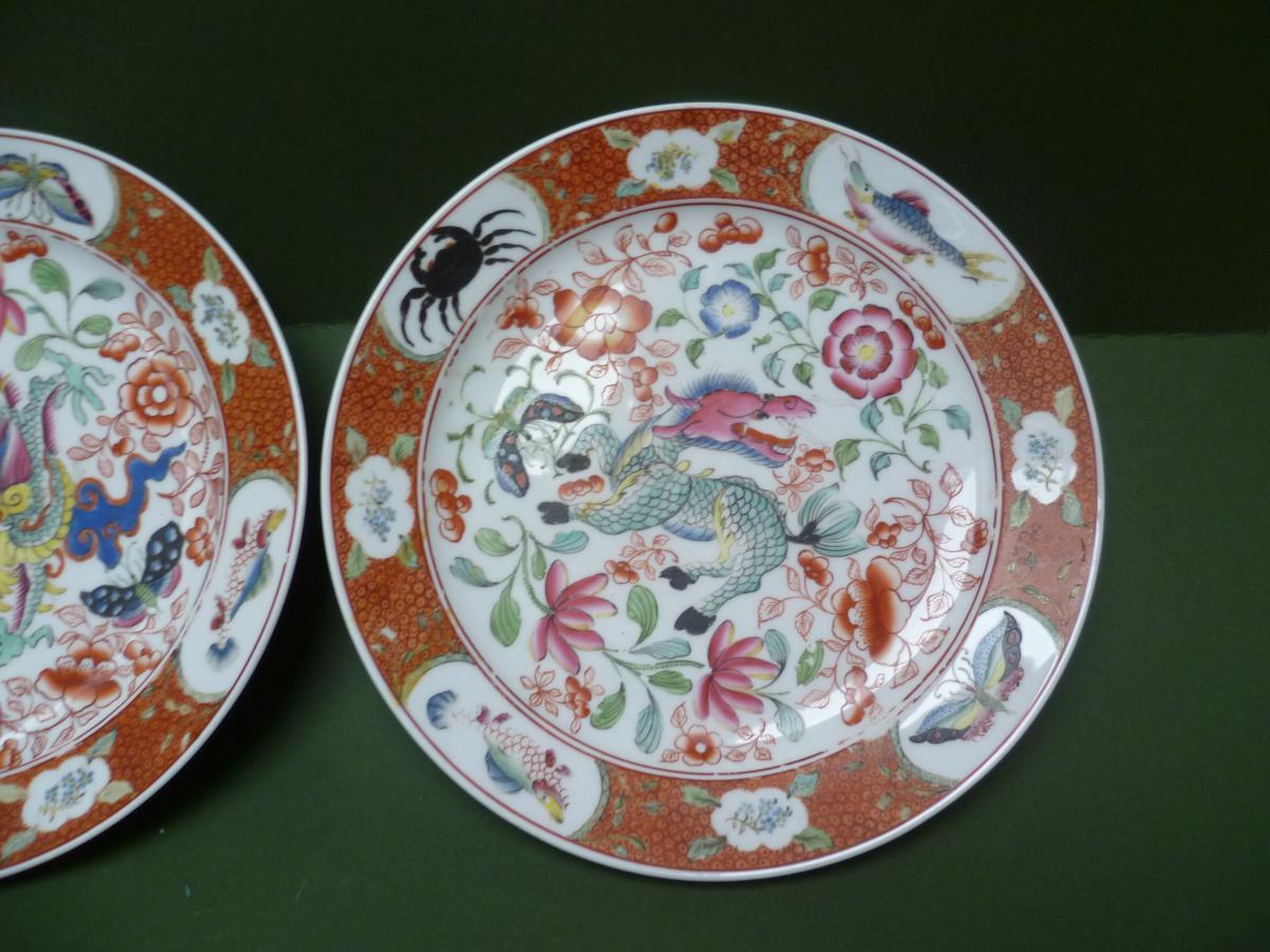 Deux plats en porcelaine de Bayeux à décor Chinois-photo-3