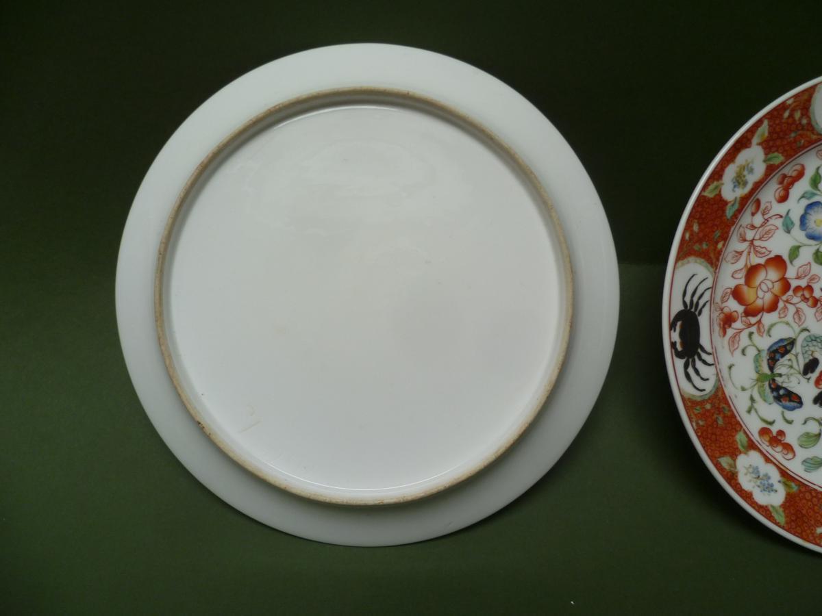 Deux plats en porcelaine de Bayeux à décor Chinois-photo-4