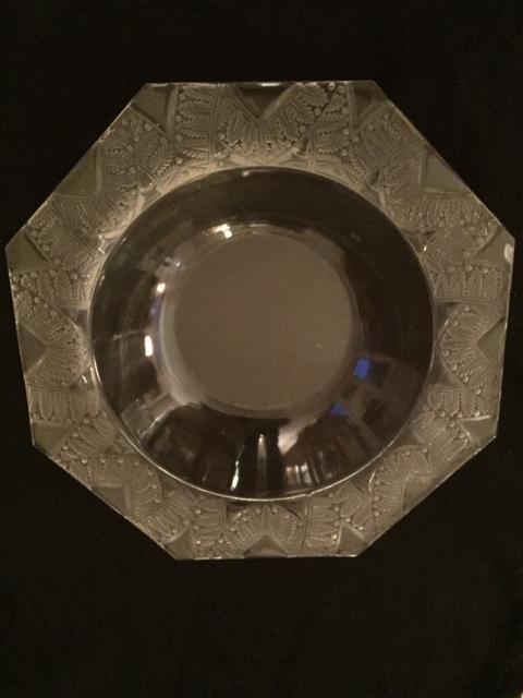 René Lalique Coupe en cristal de forme octogonale