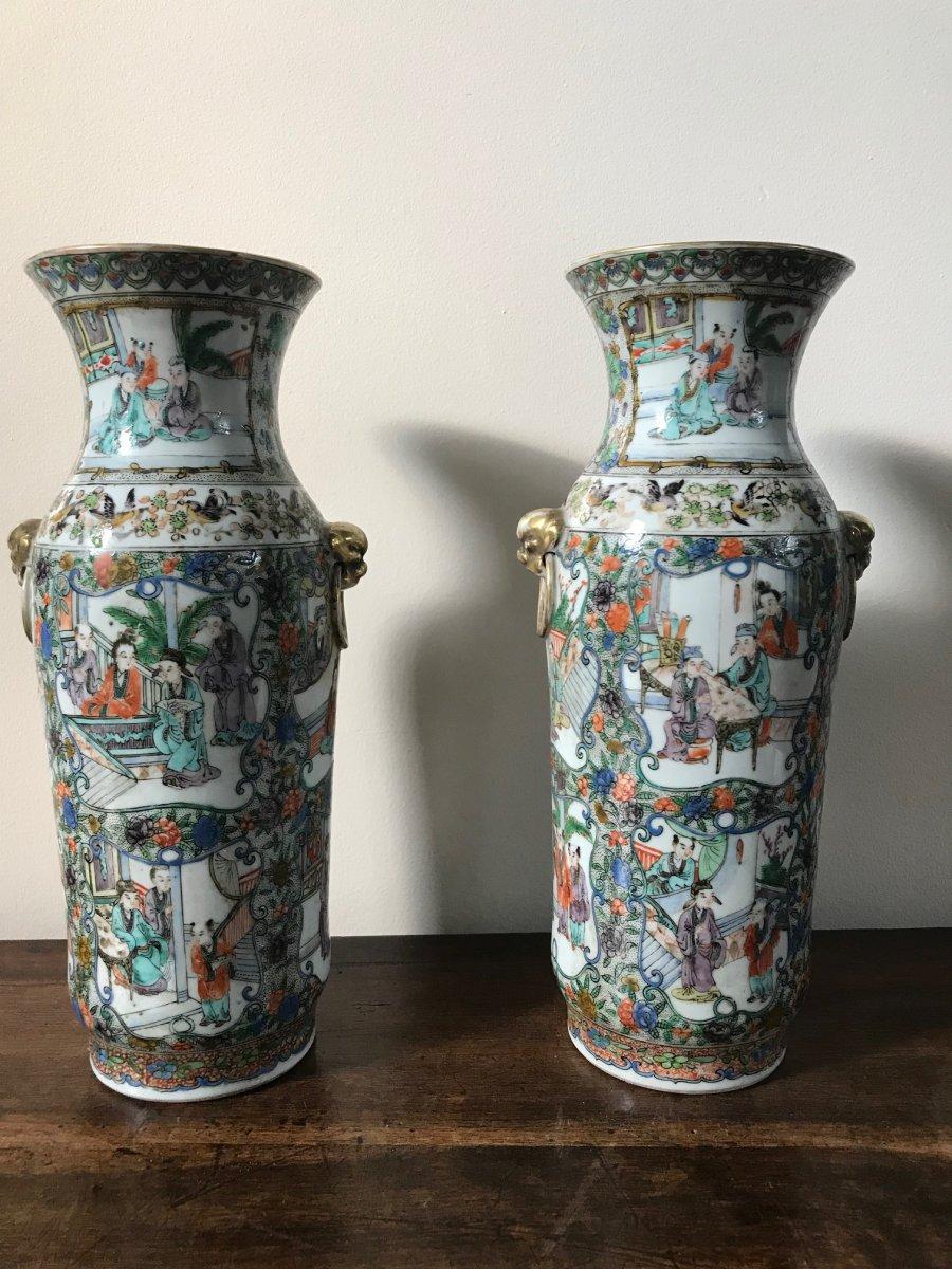 Chine - Paire De Grands Vases En Porcelaine