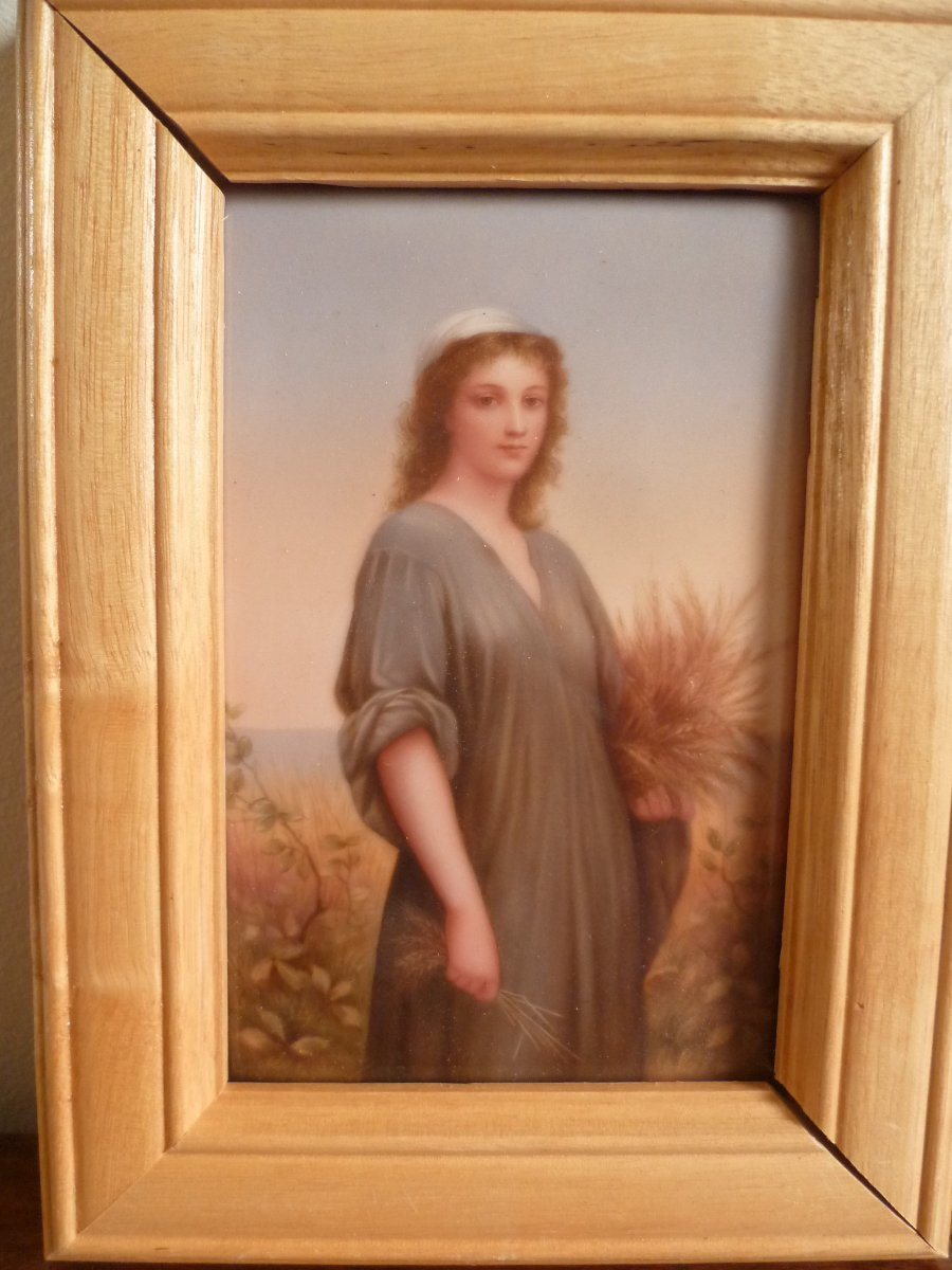 Berlin KPM - Portrait De Ruth