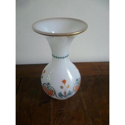 Vase En Opaline Blanche A DÉcor De Fleurs