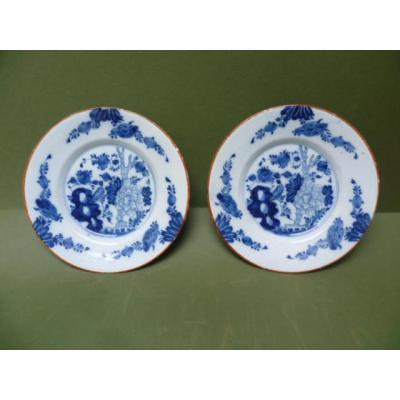 Paire D 'assiettes En Faïence De Delft à Décor Floral Blanc Bleu XVIIIe