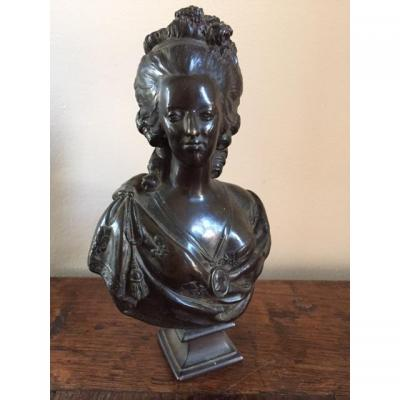 Petit buste en bronze de Marie-Antoinette