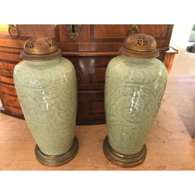 Chine - Paire De Vases Brûle-parfum En Porcelaine Celadon
