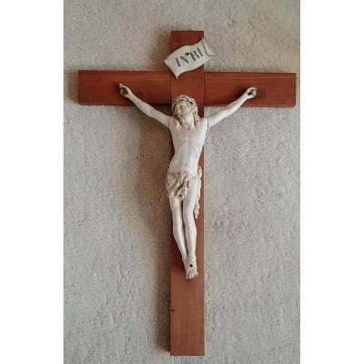 Grand Christ En Ivoire