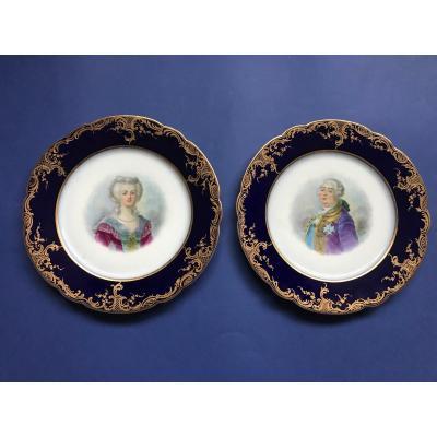 Paire d'Assiette En Porcelaine Louis XVI Et Marie-antoinette