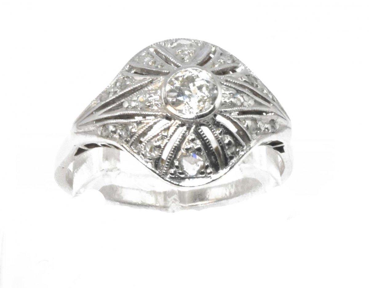 Bague Dôme En Diamant Et Platine
