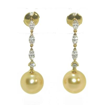 Pair Of Yellow Gold Earrings With Shuttle Diamonds And Southern Sea Gold Pearls
