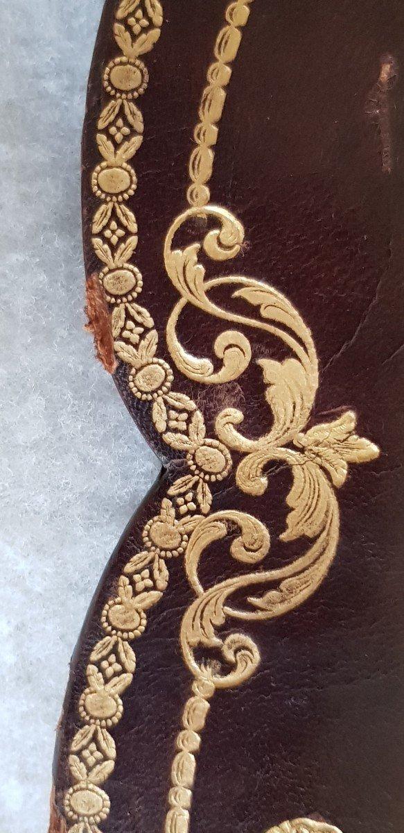 Large Leather Frame Gold Frieze-photo-5
