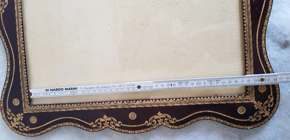Large Leather Frame Gold Frieze-photo-7