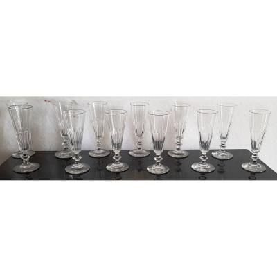 Ensemble 12 Flutes à Champagnes En Cristal Modèle Caton H 16,5 Cm